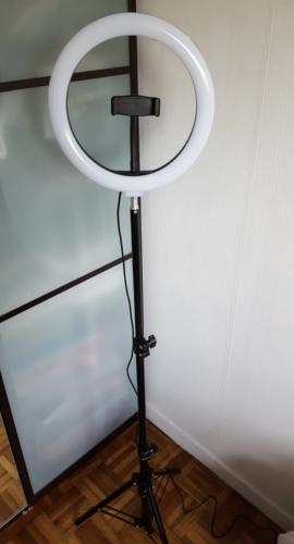 Ring light Medium photo review